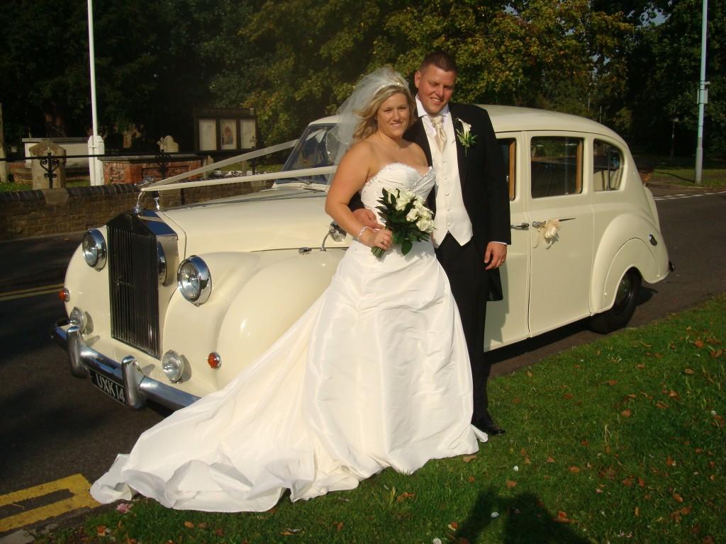 ROLLS ROYCE 7 SEATER WEDDING CAR HIRE - Millennium Limos